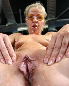 Spermavotze Lisa